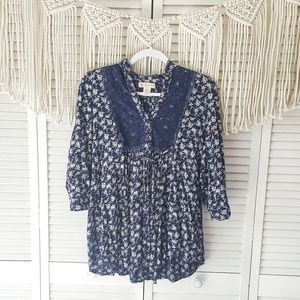 BAND OF GYPSIES Floral Lace Boho Top